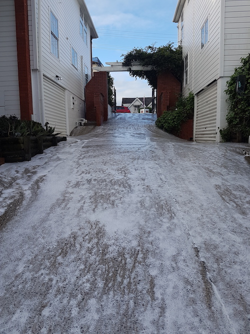Paving, Driveway Cleaning